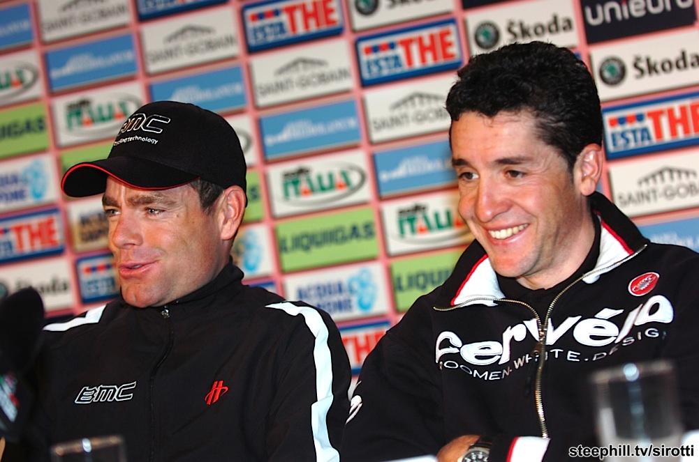 Photos Giro 2010 40-PIC108691287